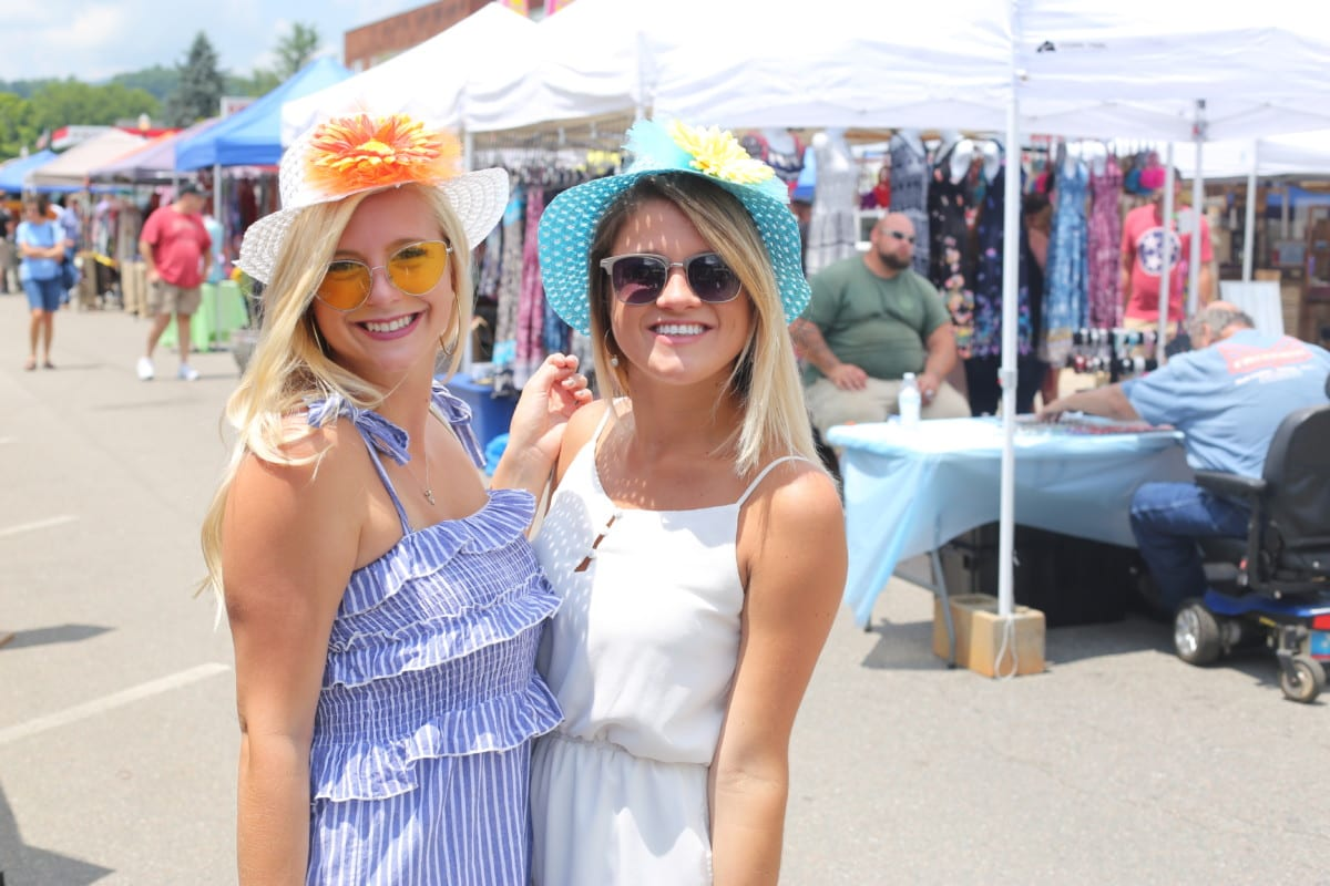 eghan Murphy and Kaitlyn McCord at the Sunflower Festival